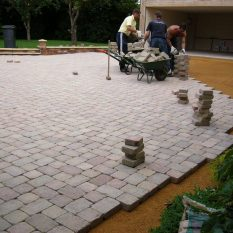 Block paving driveway - laying and compacting