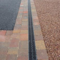 Drainage for tarmac driveway