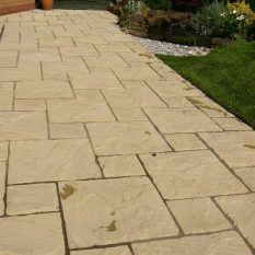 Stonemarket Paving Slabs